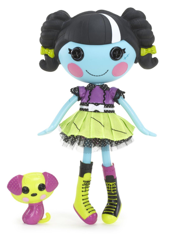 Scraps_stitched_N_sewn_FS_doll